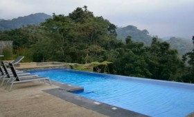 My sister and I felt like queens for a day when we took a road trip to Nyungwe Forest Lodge in June. This oasis of […]