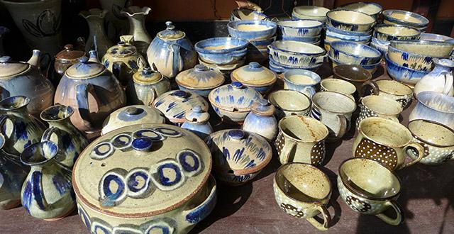 Rwandan Souvenirs, Pottery